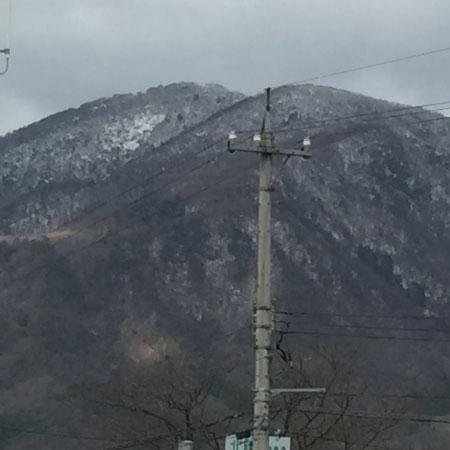 日野山雪解け